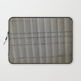 This fear bring pain Laptop Sleeve