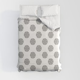 BW flower pattern 2 Comforters