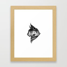 THE LYNX & THE MOON Framed Art Print