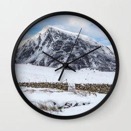 Pen yr Ole Wen Wall Clock