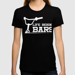 Fun Cycling Pun Bike Joke BMX Gift Design Idea print T-shirt