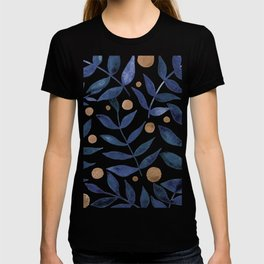 Watercolor berries and branches - indigo and beige T-shirt