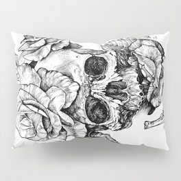 Black and White skull with roses pen drawing Pillow Sham