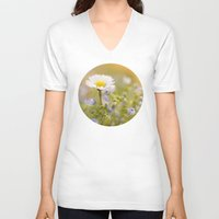ezra koenig V-neck T-shirts featuring Daisy and court by UtArt