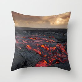 Kamukona (61g) Lava on the Big Island, Hawaii Throw Pillow