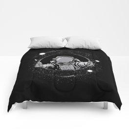 Black Hole Comforters
