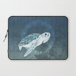 Green Sea Turtle Wreath Laptop Sleeve