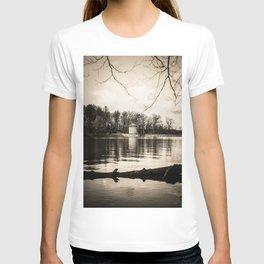 Möhne Reservoir Lake Tower sepia T-shirt