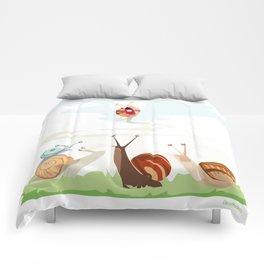 Ole ole caracoles Comforters
