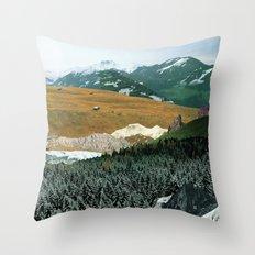 Experiment am Berg 21 Throw Pillow