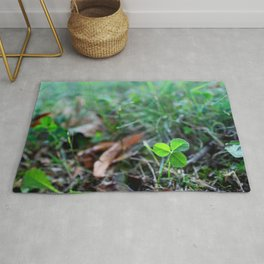 Lonely Clover Rug