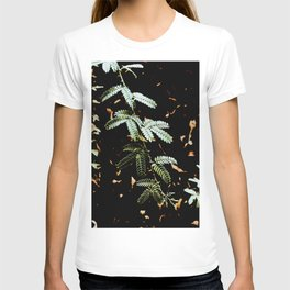 Green leave micro photography T-shirt