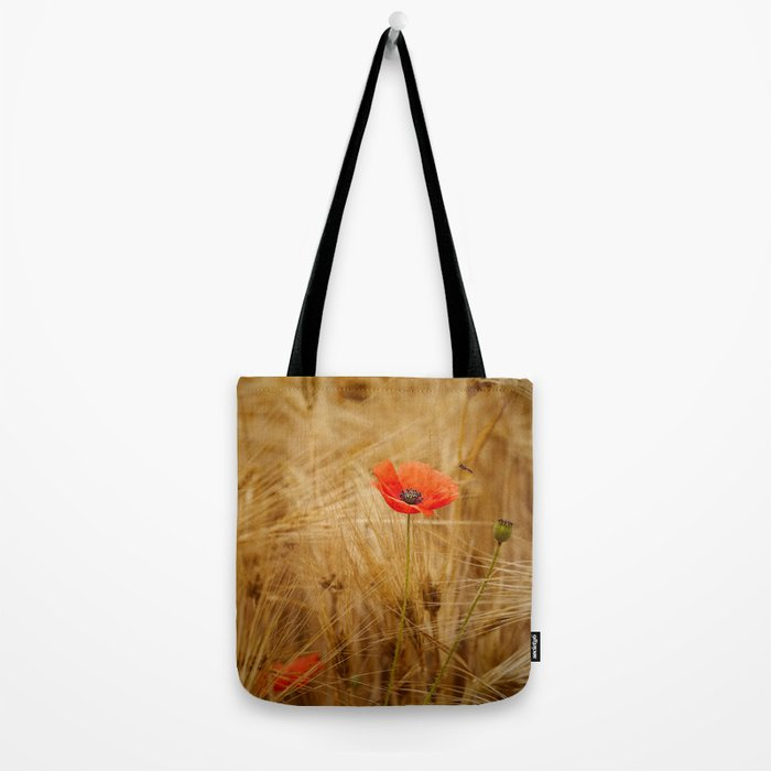 Beautiful poppy in a field - Poppies Summer Tote Bag