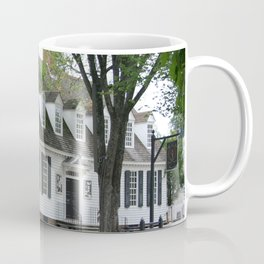 White Clapboard House - Colonial Williamsburg Coffee Mug