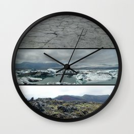 Terre, glace et mousse Wall Clock