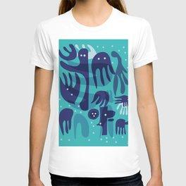 Underwater Joyful Creatures illustration  T-shirt