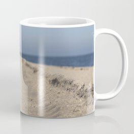 Traces in the sand Coffee Mug