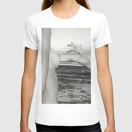 Lesbian Love at Sunrise on the beach T-shirt