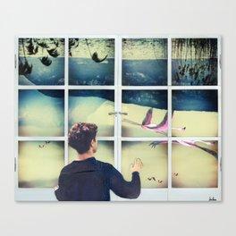 Le grandi finestre della casa volante Canvas Print