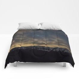 Meteor Over The Bridgers Comforters