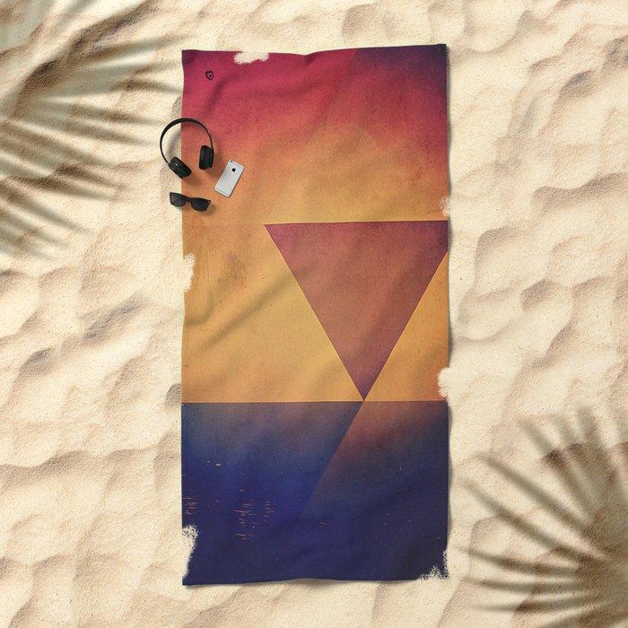 prymyry Beach Towel