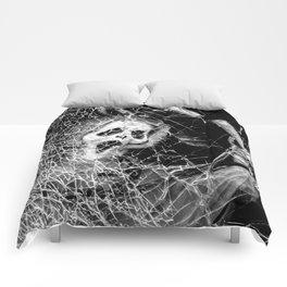Shattered Scream  Comforters