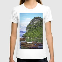 Limestone Mountain with Red Boats in the Sea in front of It at Halong Bay, Vietnam T-shirt