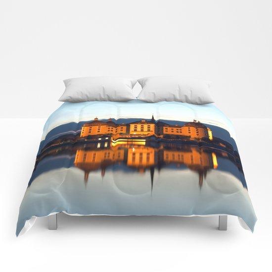 Fairy tale Castle - Moritzburg blue hour Comforters
