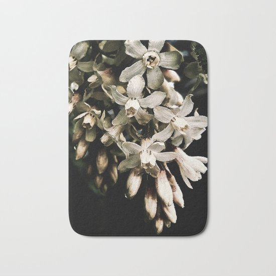 Flowering Currant, White icicle Bath Mat