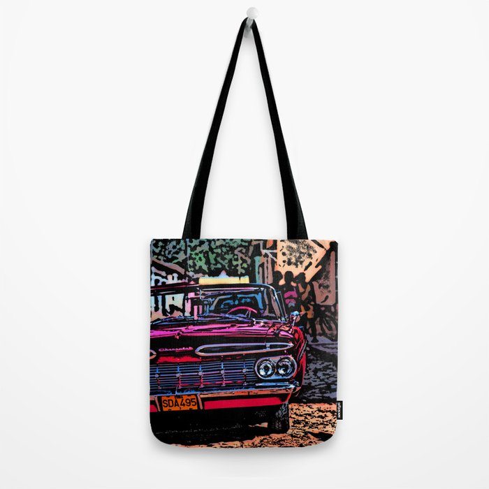 Old american car in Trinidad, Kuba Tote Bag