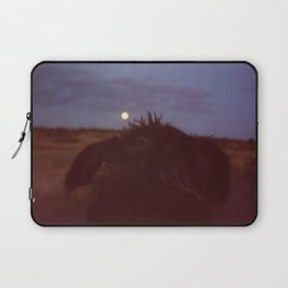 dog watching full moon Laptop Sleeve