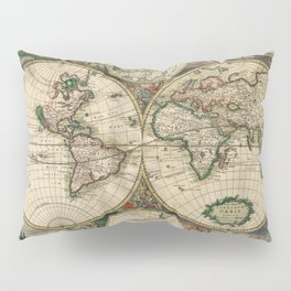 Vintage Map of the world Pillow Sham