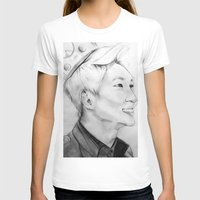 shinee T-shirts featuring Onew_King by Roxie33