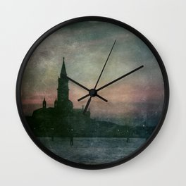 Sonnet of dark love Wall Clock
