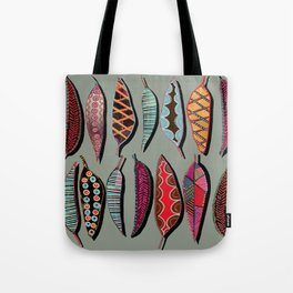 Leaves lined up Tote Bag