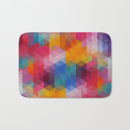 Geometric Color Dynamics Bath Mat
