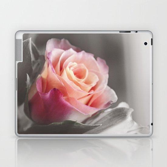 Peachie Laptop & iPad Skin