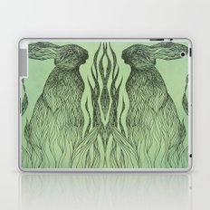 Hiding in the green Laptop & iPad Skin