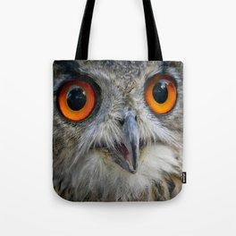 Owl Close up Tote Bag