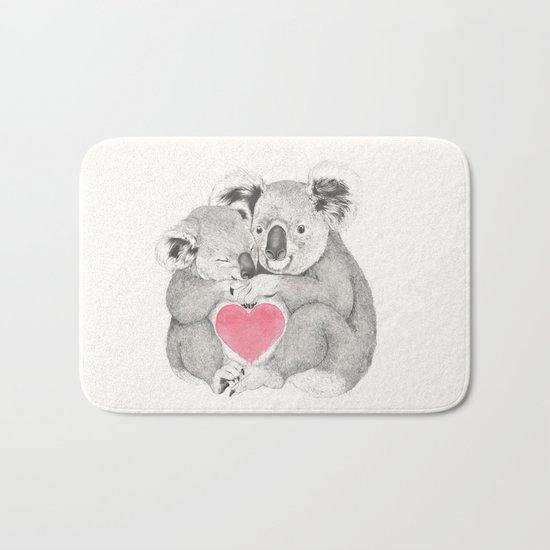 Koalas love hugs Bath Mat
