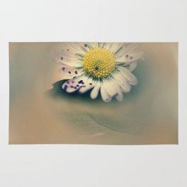 Daisy with glitter Rug