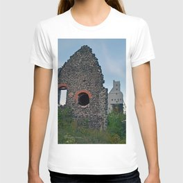 Quincy Hill Mine Shaft and Ruins T-shirt