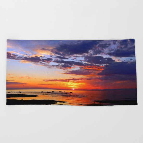 Between Sky and Earth Beach Towel