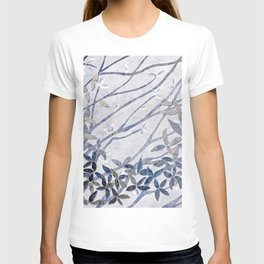 Kimono Inspired leaves and branches print blue toned T-shirt