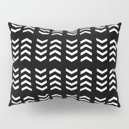four lines 7 Black and white Pillow Sham