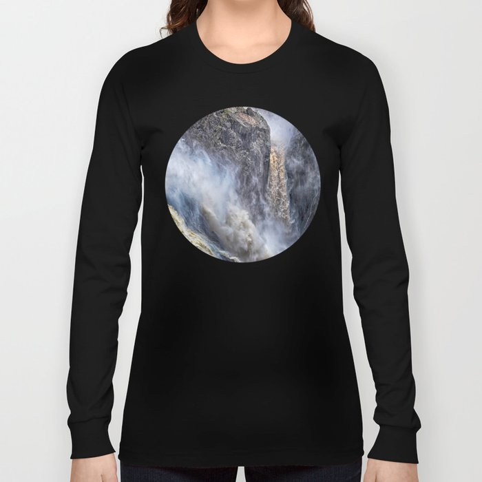 The magnificent Barron Falls Long Sleeve T-shirt
