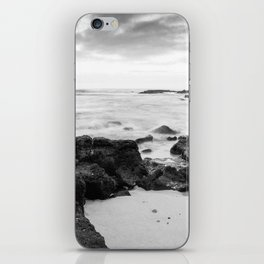 Dramatic coastline at Poipu beach in Kauai, Hawaii iPhone Skin
