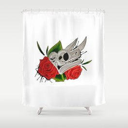 Chameleon Skull Shower Curtain