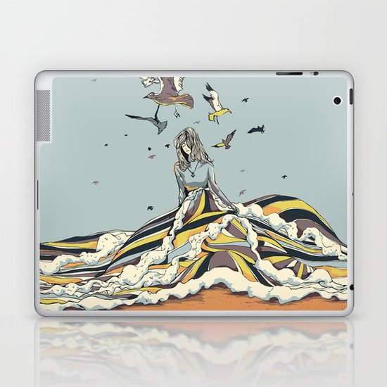 WALK ON THE OCEAN Laptop & iPad Skin