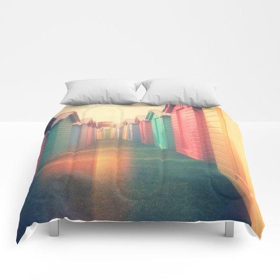 Beach Huts 02D - Retro Comforters